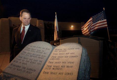 Roy Moore to bring back Ten Commandments monument