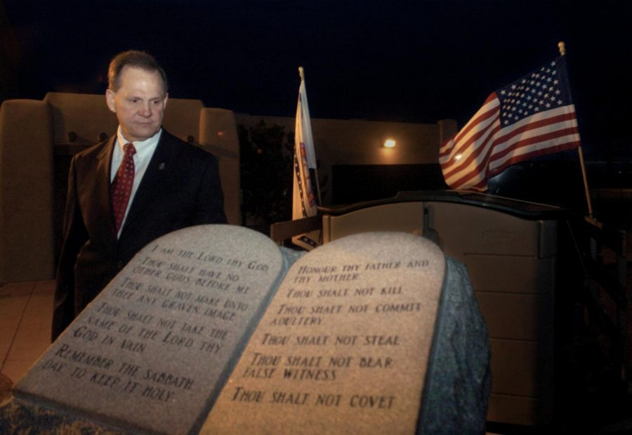 Roy+Moore+to+bring+back+Ten+Commandments+monument