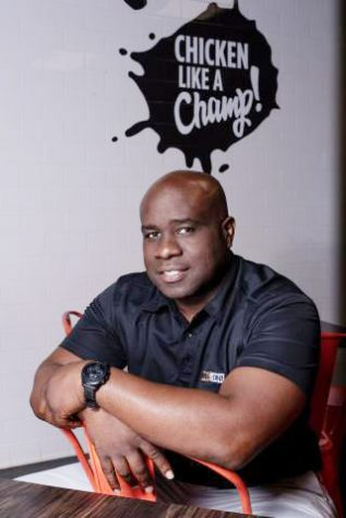 Alumnus opens wings franchise