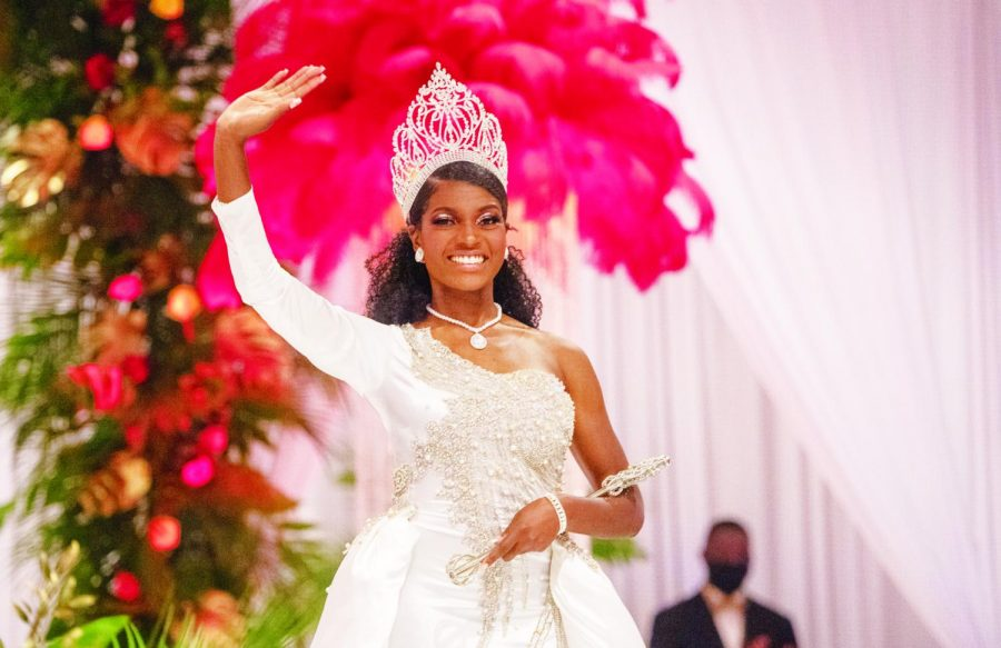 Whitehurst is formally crowned Miss Alabama State University