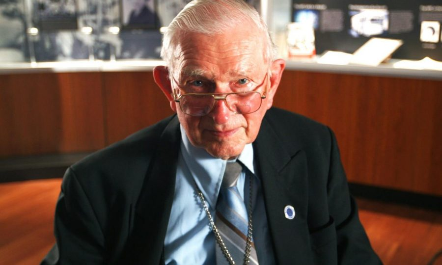 Civil Rights icon Rev. Robert Graetz dead at 92